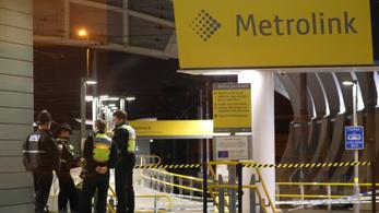 Terrortámadásként kezelik a manchesteri hármas késelést