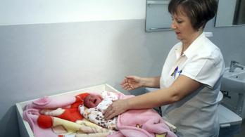 Kislányok az idei első újszülöttek