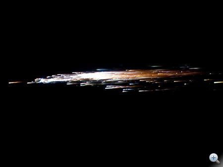 A Jules Verne nevű űrjármű 2009-es visszatérését közelről figyelte a NASA - ehhez hasonló tüzijátékot produkálhatott az UARS és a ROSAT is (Fotó: NASA / ESA / Jesse Carpenter / Bill Moede)