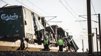 Hat ember meghalt egy dániai vonatbalesetben