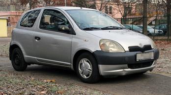 Használtteszt: Toyota Yaris 1.0 Linea Terra – 2000.