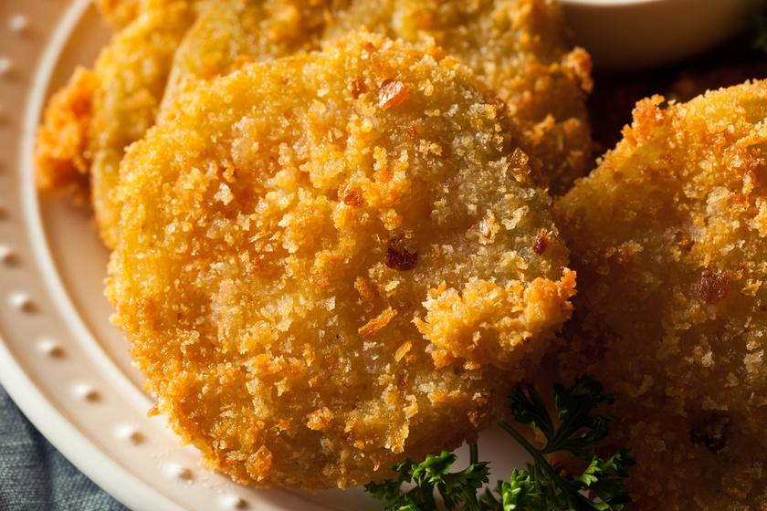 Fűszeres, rántott zellerszeletek sütőben sütve: nem lesz olajszag