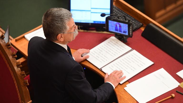 Kövér László minden vendéget kitiltott az ellenzéki ülésről