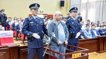 Kivégezték a kínai Hasfelmetsző Jacket, aki 11 nőt ölt meg