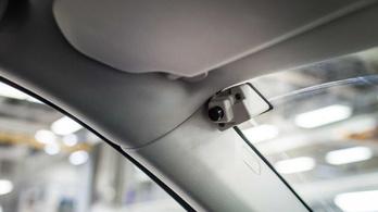 A sofőrt figyeli a Volvo következő extrája