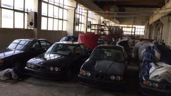Soha nem használt 25 éves BMW-t valaki?