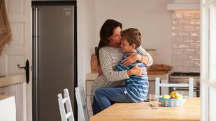 Amikor túl szoros a kötődés a szülő és a gyermek között