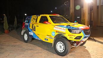 Légkondival ugranának a top 20-ba Szalayék a Dakaron
