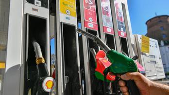 Rég esett egyszerre ennyit az üzemanyag ára