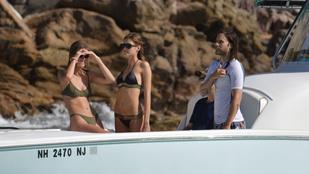 Jared Leto modellkülsejű csajokkal yachtozgat