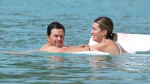 Wahlbergék 18 év után is úgy csókolóznak a gumimatracon, mint a kamaszok