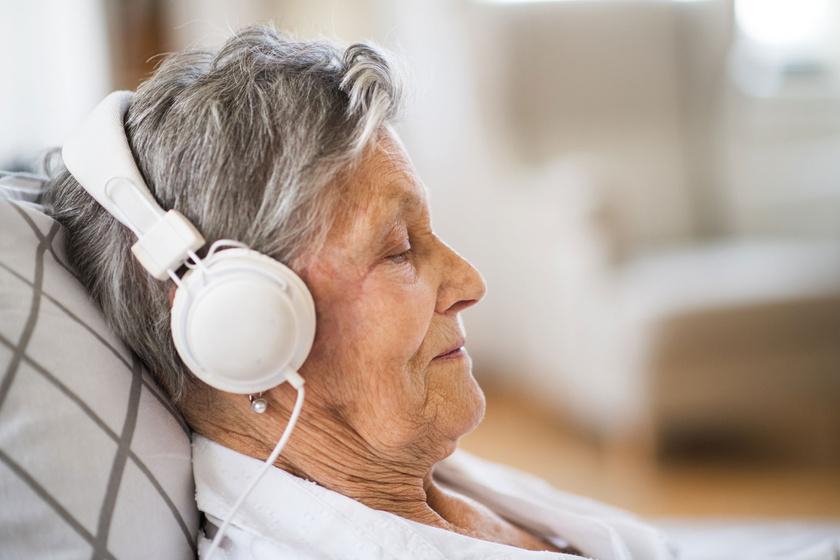 Zenével az Alzheimer-kór ellen: így segíthet a demencia tüneteinek enyhítésében