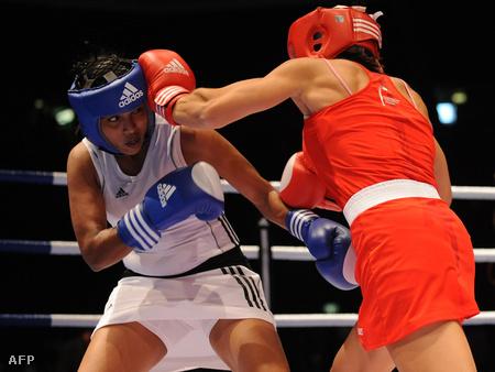 Szoknyás bokszolónők a 2009-es AIBA világbajnokságon, Milánóban