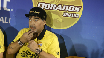 Gyomorvérzéssel került kórházba Maradona