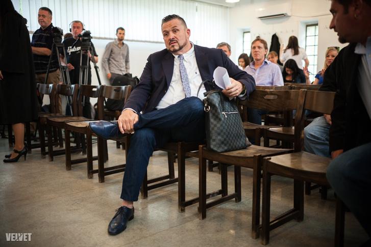 Galambos Lajos a bíróságon