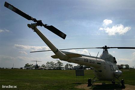 A légimentők Mil Mi-2-ese a Ferihegy Repülőgép Emlékparkban