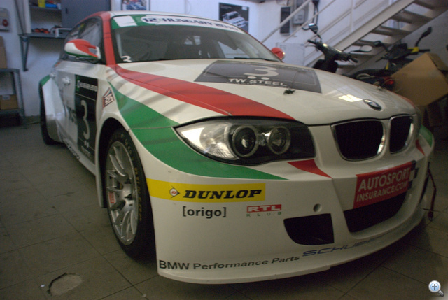 Egyelőre pihen a verseny BMW, ki tudja, jövőre kijutnak-e a srácok a Nürburgringre?