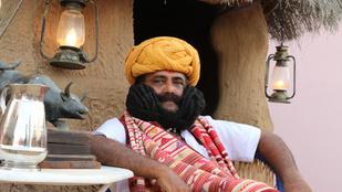 33 éve nem vágta le a szőrt az arcáról a világ leghosszabb bajszú férfija