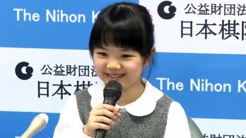 Tízéves lány lesz a valaha volt legfiatalabb profi japán gójátékos