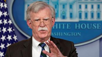 Az USA akkor vonul ki Szíriából, ha a törökök megvédik a kurdokat