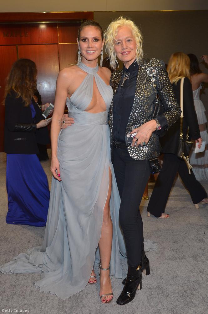 Heidi Klum hozta a tőle elvárt szintet: nem Shrek feleségének, hanem dögös modellnek öltözött.
