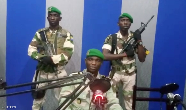 A Libreville-i rádióállomáson készült felvétel