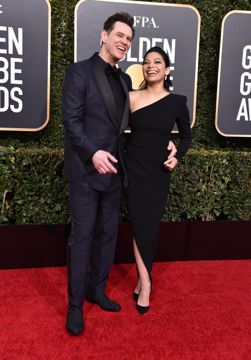 Jim Carrey és Ginger Gonzaga igazán bájos párt alkotnak.