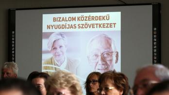 Keddig ki kell jelenteni a nyugdíjas dolgozókat a NAV-nál