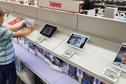 tablet-gyerek-grimasz