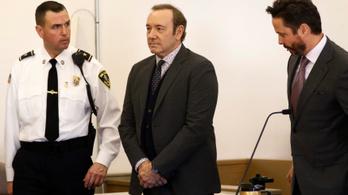 Bíróság elé állt zaklatási ügyben Kevin Spacey