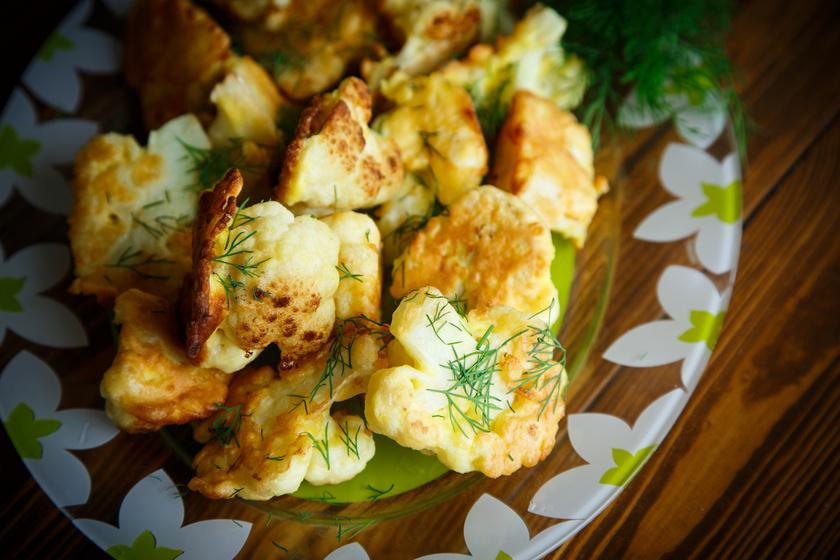 Roppanós karfiol fűszeres palacsintatésztában sütve: nem kell hozzá sok olaj