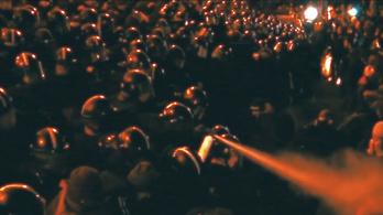 Kormányellenes tüntetésekről forgatott klipet egy magyar metálzenekar