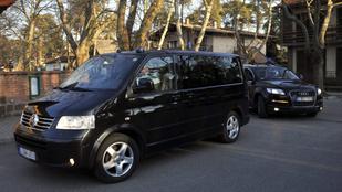 Karambolozott az Orbán Viktor konvoját felvezető autó