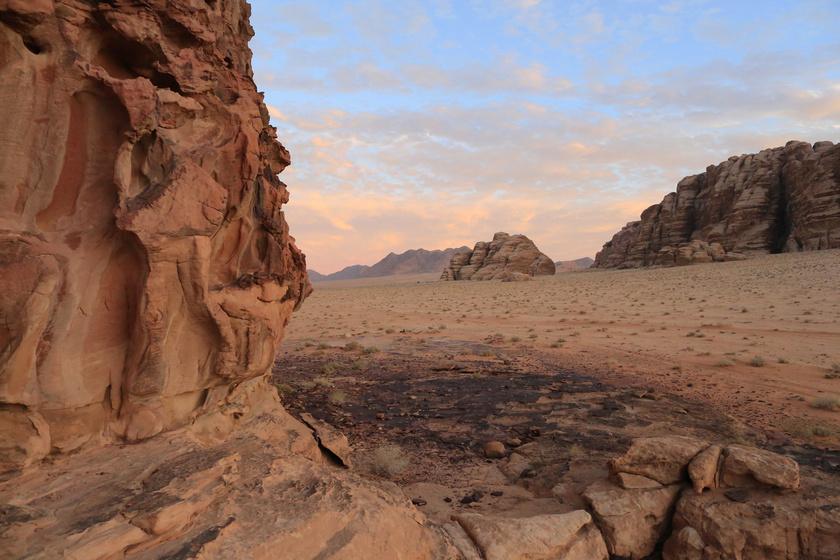 A Rum vádi természetvédelmi terület Jordániában, Ammántól 268 kilométerre délre található.