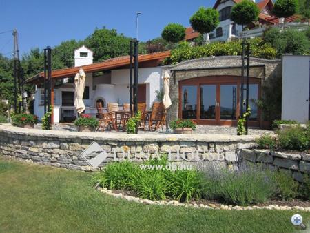 Eladó ház, Balatonfüred tetején 395 000 000 Ft