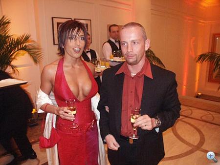 Schobert Norbert és kedves neje szeretnek összeöltözni.