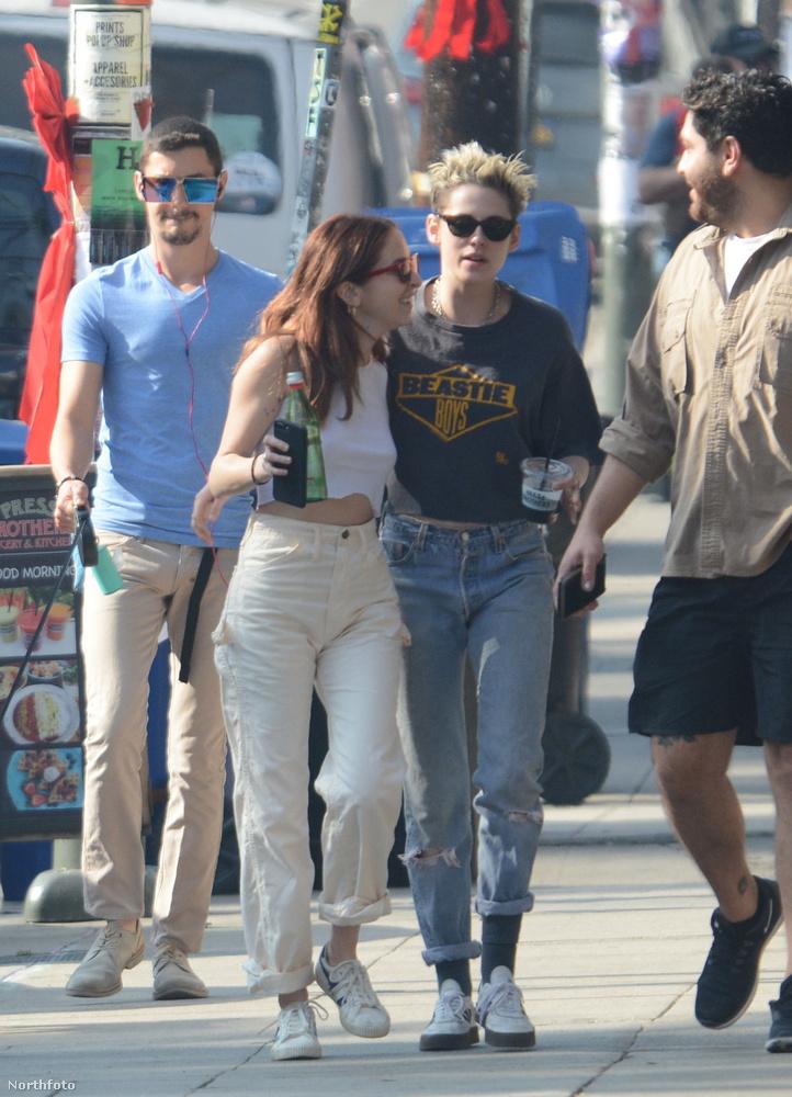 Szóval innen is látszik, amit azóta tényként kezel a sajtó: Kristen Stewartnak új barátnője van.