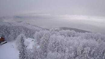 Kékestetőn több mint 30 centis a hó