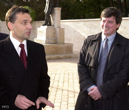 Orbán Viktor és Pósán László (2001-ben, Debrecenben)