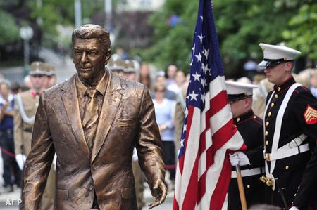 A belvárosi Reagan-szobor
