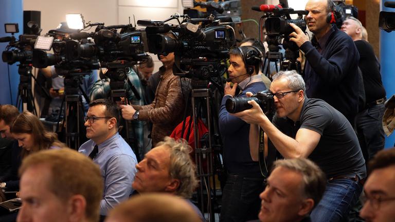 Több lapot és rádiót is kitiltottak Orbán kormányinfójáról
