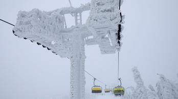 Már 16 ember halt meg Európában a hó és a hideg miatt
