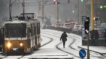 Bekeményít a tél: havazás, hófúvás, -15 fok