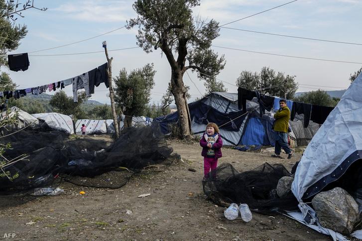 Menekültek Leszbosz szigetén, a Moria menekülttáborban