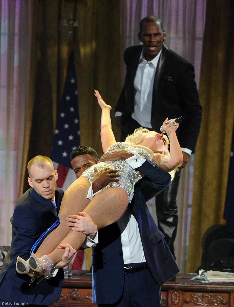 Lady Gaga korábban azt mondta, töröltetni fogja a hivatalos streaming-oldalakról és zeneáruházakból R