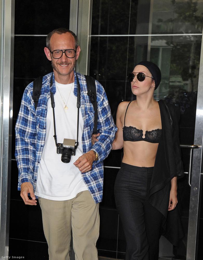 Lady Gaga azt mondja, ez a dal azért született, mert korábbi traumáját képtelen volt feldolgozni, elnézést kér, és azóta terápián vett részt, így ma már nem követné el ugyanezt a hibát