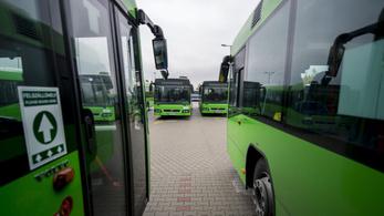 Három gyanúsítottja van a korrupt pécsi buszbeszerzési ügynek