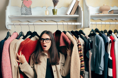 gardrób helyhiány nő ruhatárolás