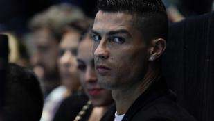 Cristiano Ronaldo DNS-mintát ad a Las Vegas-i rendőrségnek