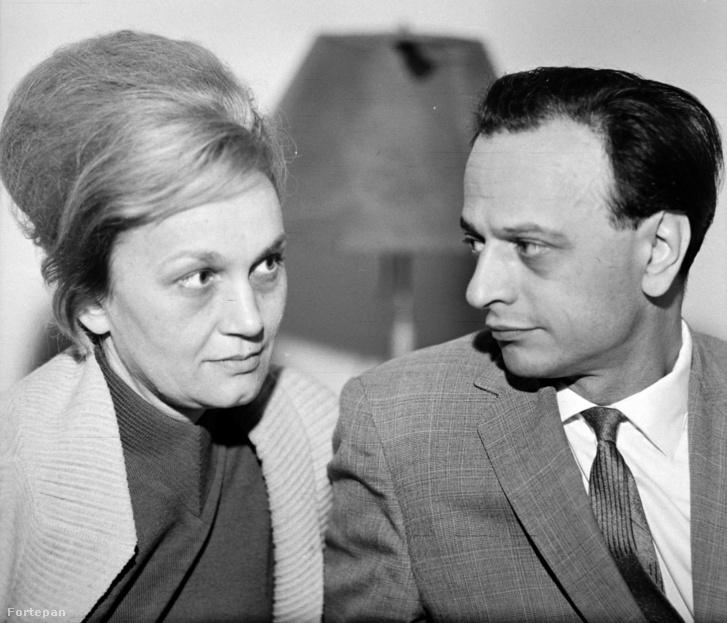 Nemes Nagy Ágnes és Lengyel Balázs a Királyhágó utcai lakásban (1963)